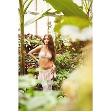 Комплект белья Florance Размер 42-44 2736-42-44  Ажурный комплект белья (стринги, пояс-юбочка для чулков и бюст), нежно розового цвета.