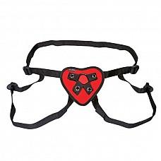 Трусики с красным сердечком для страпона  Трусики-джоки с регулирующимся с помощью пряжек Размером. На красном мягком сердце - 2 кольца разного Размера для крепления стимуляторов.