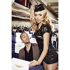 Игровой костюм ОБОЛЬСТИТЕЛЬНАЯ СТЮАРДЕССА: пиджак, мини-юбка, значок, галстук и пилотка  Дерзкий, облегающий и изысканный костюм стюардессы - мечта любой женщины. Комплект состоит из мини юбки, пиджака с короткими рукавами  и золотыми кнопками, значком и золотой отделкой. Дополнение к костюму- золотой шарфик и пилотка. Эта стюардесса не оставит равнодушным ни одного пассажира с рейса авиакомпании Baci.