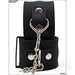 Чёрные силиконовые наручники с фиксацией