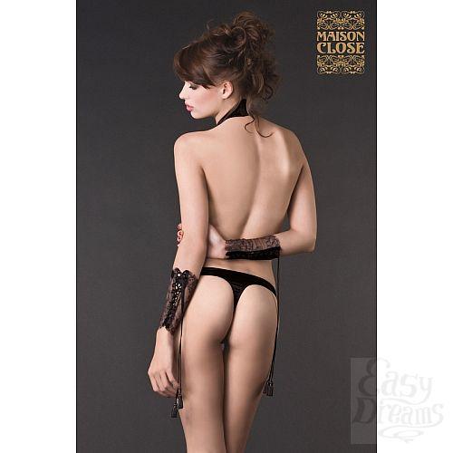 Фотография 2  Ажурные чёрные наручники-манжеты VILLA SATINE  на шнуровке