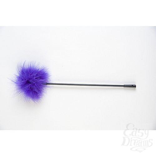Фотография 1:  Щекоталка с фиолетовым пушком на кончике