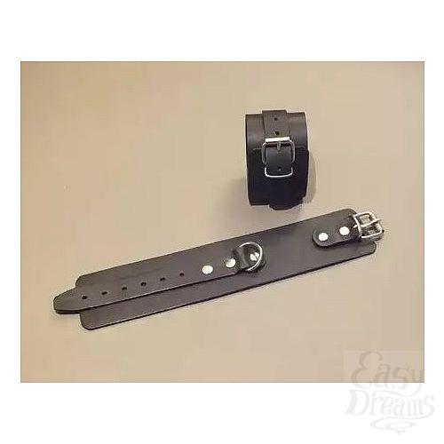Фотография 1:  Широкие кожаные наручники универсального размера