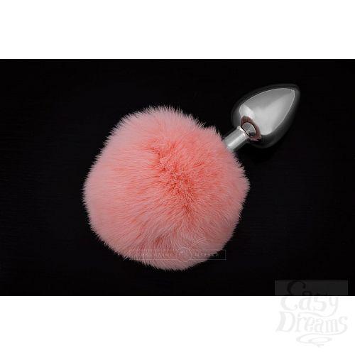 Фотография 1:  Маленькая серебристая пробка с пушистым розовым хвостиком