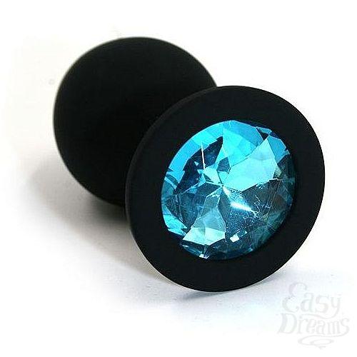 Фотография 1:  Чёрная силиконовая анальная пробка с голубым кристаллом - 7 см.
