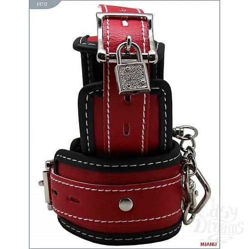 Фотография 2  Чёрно-красные наручники на мягкой подкладке с фиксацией