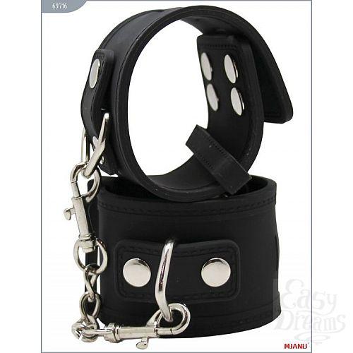 Фотография 2  Чёрные силиконовые наручники с фиксацией