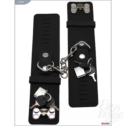 Фотография 4  Чёрные силиконовые наручники с фиксацией