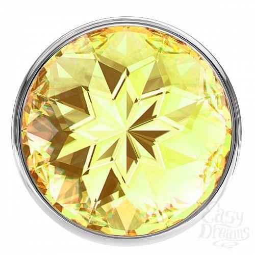 Фотография 3  Малая серебристая анальная пробка Diamond Yellow Sparkle Small с жёлтым кристаллом - 7 см.
