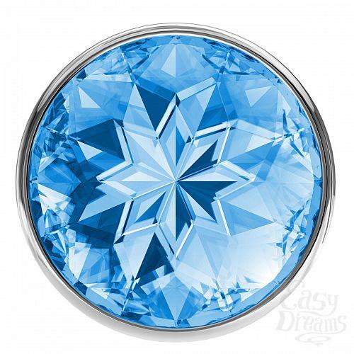 Фотография 3  Малая серебристая анальная пробка Diamond Light blue Sparkle Small с голубым кристаллом - 7 см.