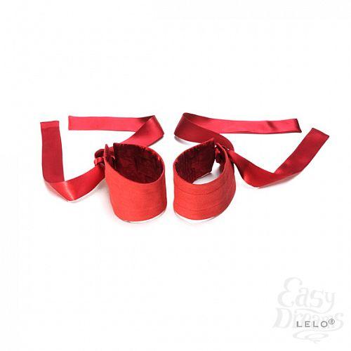 Фотография 2  Шелковые наручники Etherea (LELO), Красный