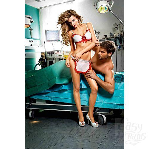Фотография 2 Baci Lingerie Dreams by Игровой костюм Нескромная медсестра: топ, трусики и фартук